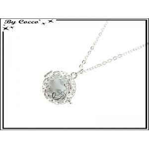 http://cocconelle.com/19857-thickbox/bola-clochette-des-anges-bola-chaine-boule-blanche-fleurs-argent.jpg