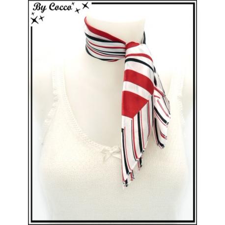 Carré satin - Fond blanc - Rayures noires et rouges - Bordure à rayures