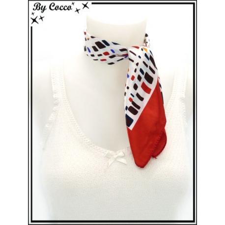 Carré satin - Fond blanc - Traits et carrés bleu marine, rouges, oranges et marrons - Bordure rouge