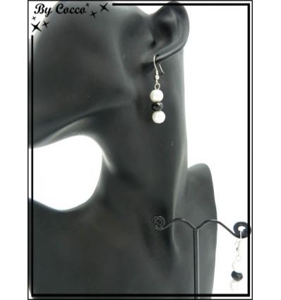 Boucles d'oreilles - 3 perles - Blanc / Noir