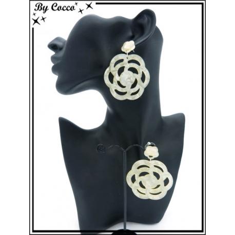 Boucles d'oreilles - Résine - Rose - Blanc