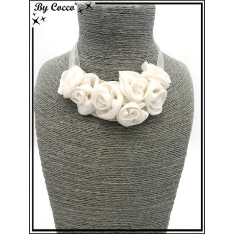 Collier - Fleurs - Blanc