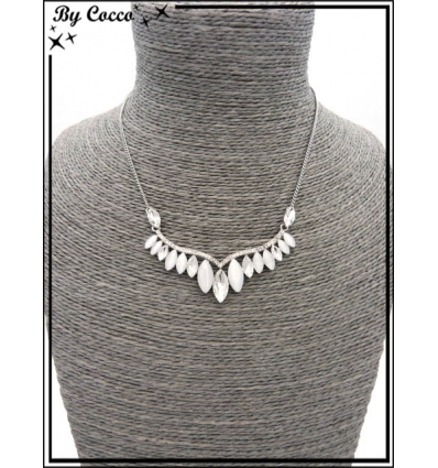 Collier - Perles ovales - Ligne de strass - Argent / Blanc