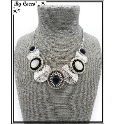 Collier - Piecettes - Perles - Noir / Blanc