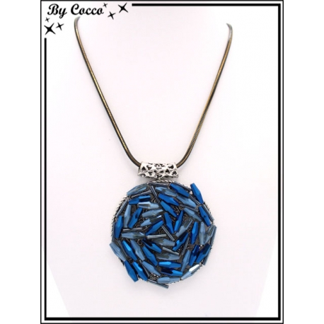 Collier - Pendentif rond - Perles tons bleus