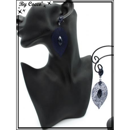 Boucles d'oreilles - Feuille filigranne ajourée - Perle - Bleu marine