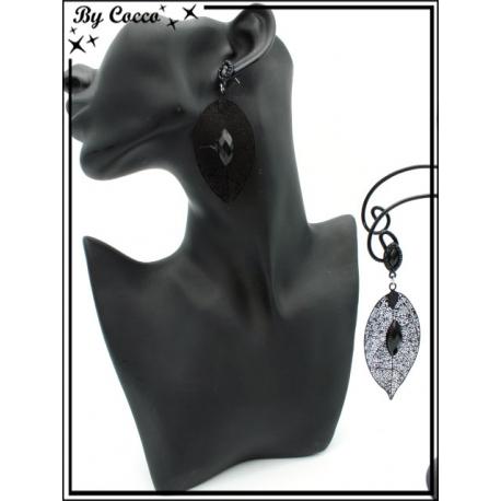 Boucles d'oreilles - Feuille filigranne ajourée - Perle - Noir