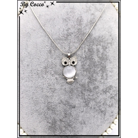 Collier fin - Chouette - Yeux brillants - Pierre ronde grise clair - Strass