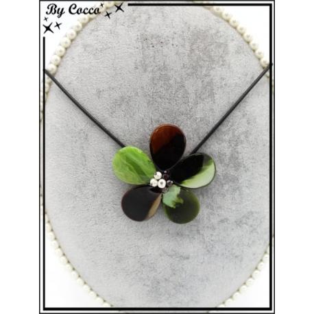 Collier - Résine - Fleur - Tons verts