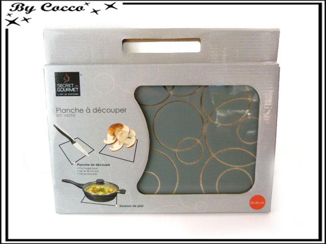 planche d couper en verre petit mod le gris cocconelle. Black Bedroom Furniture Sets. Home Design Ideas