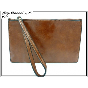 Pochette semi-rigide - Aspect cuir - Marron