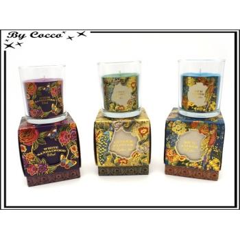 Bougie dans son pot - Fleur de gingembre et Ambre / Ambre et cèdre / Bois de santal et bois
