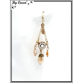 Boucles d'oreilles pendantes - Chaînettes - Plumes - Rosace perle - Beige / Doré