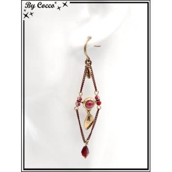 Boucles d'oreilles pendantes - Chaînettes - Plumes - Losange - Rouge / Doré
