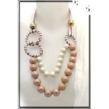 Collier - Perles nacrées - Anneaux - Attache tissu - Rose poudré / Blanc