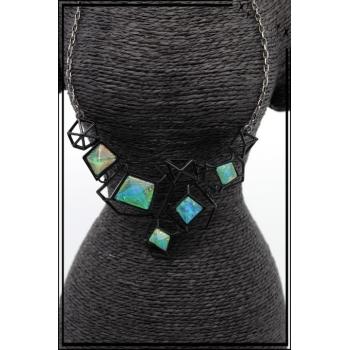 Collier - Formes diverses - Bleu vert nacré