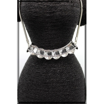 Collier - Perles aspect diamant - Argent