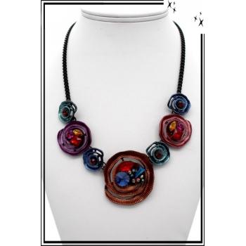 Collier - Motifs - Fleurs - Violet / Rouge / Bleu / Rose