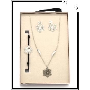 Coffret - Bijoux filigrane - Collier - Bracelet - Boucles d'oreilles - Fleurs - Argent