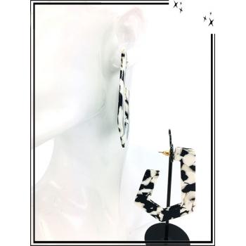 Boucles d'oreilles - Résine - Nuancé - Noir / Blanc