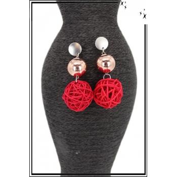 Boucles d'oreilles - Boules en rotin - Rouge