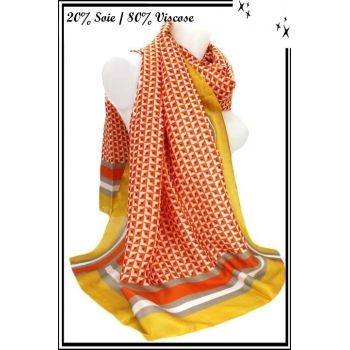 Foulard - Touche de soie - Losanges / Rayures - Jaune / Orange
