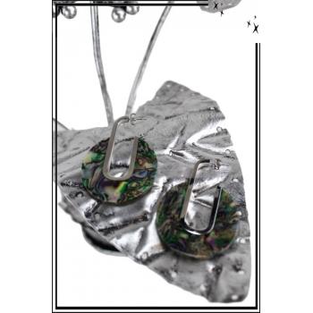 Boucle d'oreille en résine - Cercle ouvert - Vert et reflets irisés