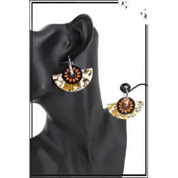 Boucle d'oreille en résine - Inspiration Aztèque - Orange et camaieu jaune