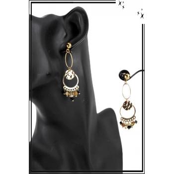 Boucle d'oreille pendante - 2 anneaux - Perles et médaillon