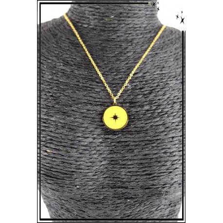 Collier - Médaille étoile - Jaune