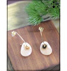Boucles d'oreilles - Etoile et pierre beige - Doré