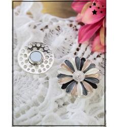 Broche aimantée - Fleurs - Nacré, rose, jean et noir