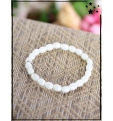 Bracelet - Perles ovales - Médaillon - Blanc